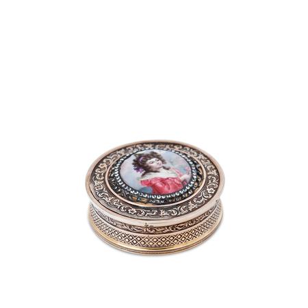 Dose mit Damenportrait, Frankreich, Ende 18. Jahrhundert