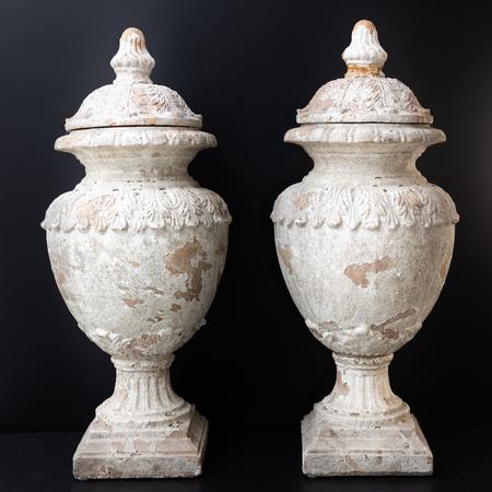 Terrakotta Urnen, 19./20. Jahrhundert