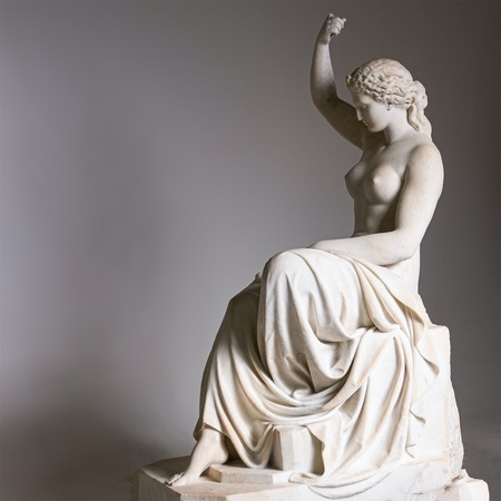 Klassizistische Marmorskulptur der Eirene, Italien, 1. H. 19. Jahrhundert