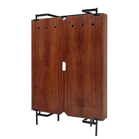 retro garderobe mitte 20 jhd. Black Bedroom Furniture Sets. Home Design Ideas
