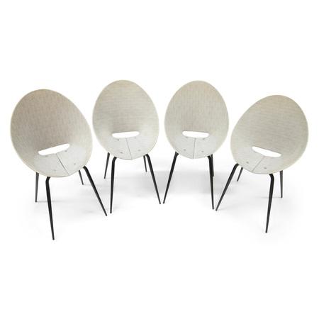 Vier Stühle, Italien Mitte 20. Jahrhundert