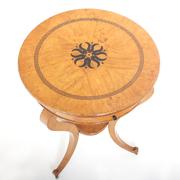 Kleiner Charles X Tisch, Frankreich 1820er