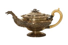 Silberne Teekanne von John Edward Terry, Großbritannien 1823
