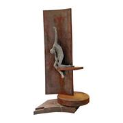 Zeitgenössische Skulptur mit männlichem Akt