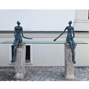 Bronzefiguren Sitzendes Paar