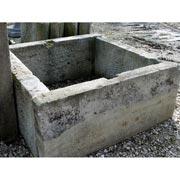 antikes Brunnenbassin
