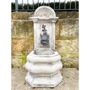 Wandbrunnen im Renaissancestil