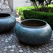 Bronze Pflanzschalen