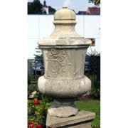 Antike Sandstein-Urne