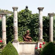 Vier Säulen Toskanischer Ordnung
