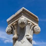 Neogotische Säulen, 19. Jahrhundert, Marmor